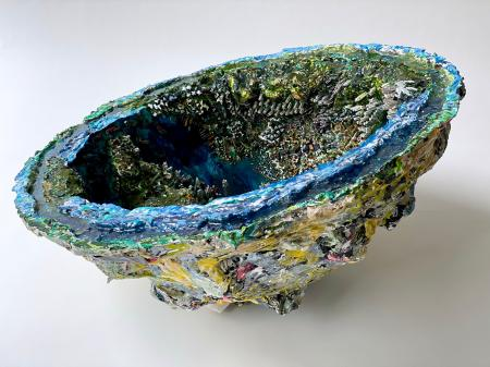The Hong Kong Geode | Profile view